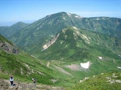 白馬岳〜雪倉岳〜朝日岳